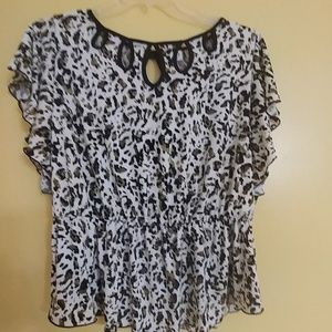 CATO Woman Dressy Summer Top 18/20W